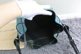 100% Authentic Louis Vuitton Epi Noe BB Bucket Bag Bi Color Blue image 9