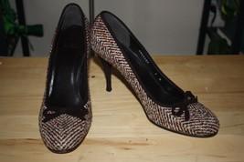 Stuart Weitzman 9 M Brown Tweed Stilettos High Heel Velvet Bow Rounded Toe Suede - $98.00