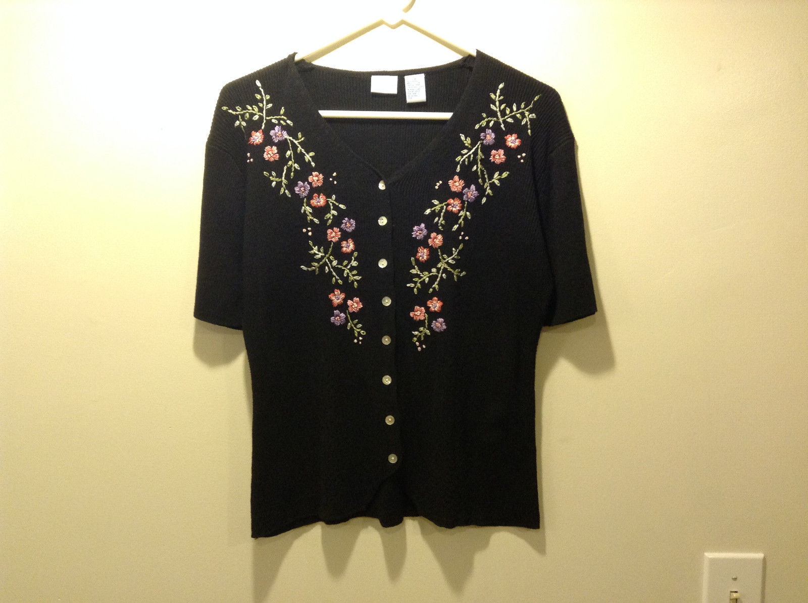 Ship n' Shore Womens Size M Cardigan Sweater Black Ribbed Knit Floral Embroidery