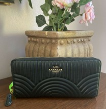 Coach Wallet Art Deco Quilting Black Leather Accordion Zip Around   F878... - $97.98