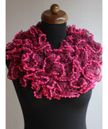 Ruffle scarf, Frilly scarf, Knitted scarf, Red scarf, Mother's Day gift - $12.00