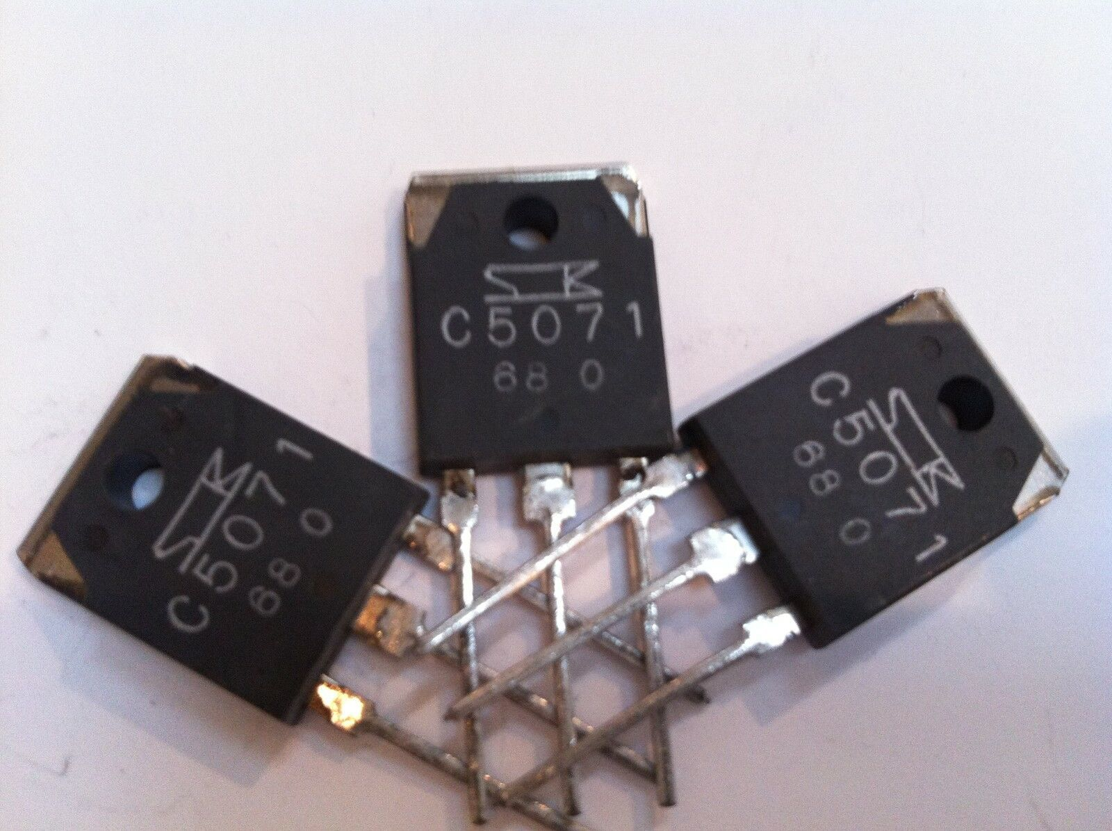 Primary image for 2SC5071 silicon NPN high speed, high voltage LOT OF 2