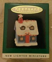 Hallmark 1995 1st in Series Lighted Keepsake Miniature Ornament Light Santa's Vi - $4.95