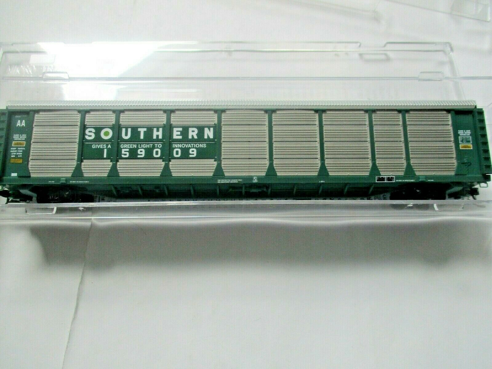 Micro-Trains # 11100091 Southern 89' Tri-Level Closed Autorack N-Scale