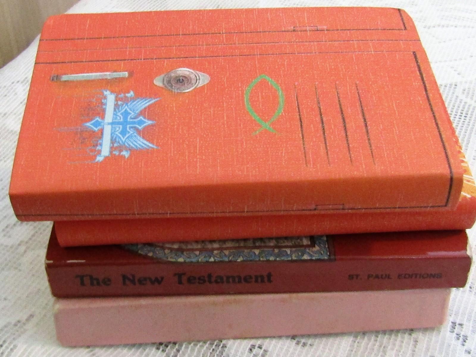 Lot Pocket New Testaments        ships from Hudson, MI