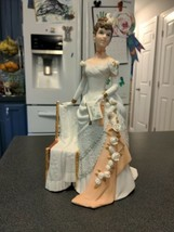 Avon 1986 Mrs Albee Figurine Presidents Club Representative Award - Full... - $24.75