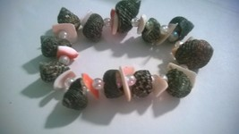 Handmade Small Black-Dark Shell Bracelet with Flat Peach Shell & Beads (... - $6.00