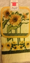2 pc Set PRINTED Kitchen Pot Holder & Towel, SUNFLOWERS, with yellow bac... - $8.90