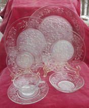 25 P PRINCESS HOUSE FANTASIA DINNERWARE LOT DINNER SALAD BREAD PLATE BOW... - $126.22