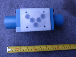 REXROTH DIRECTIONAL VALVE R978900912 # 4WP10C31/0F/12S043A-1504 image 2