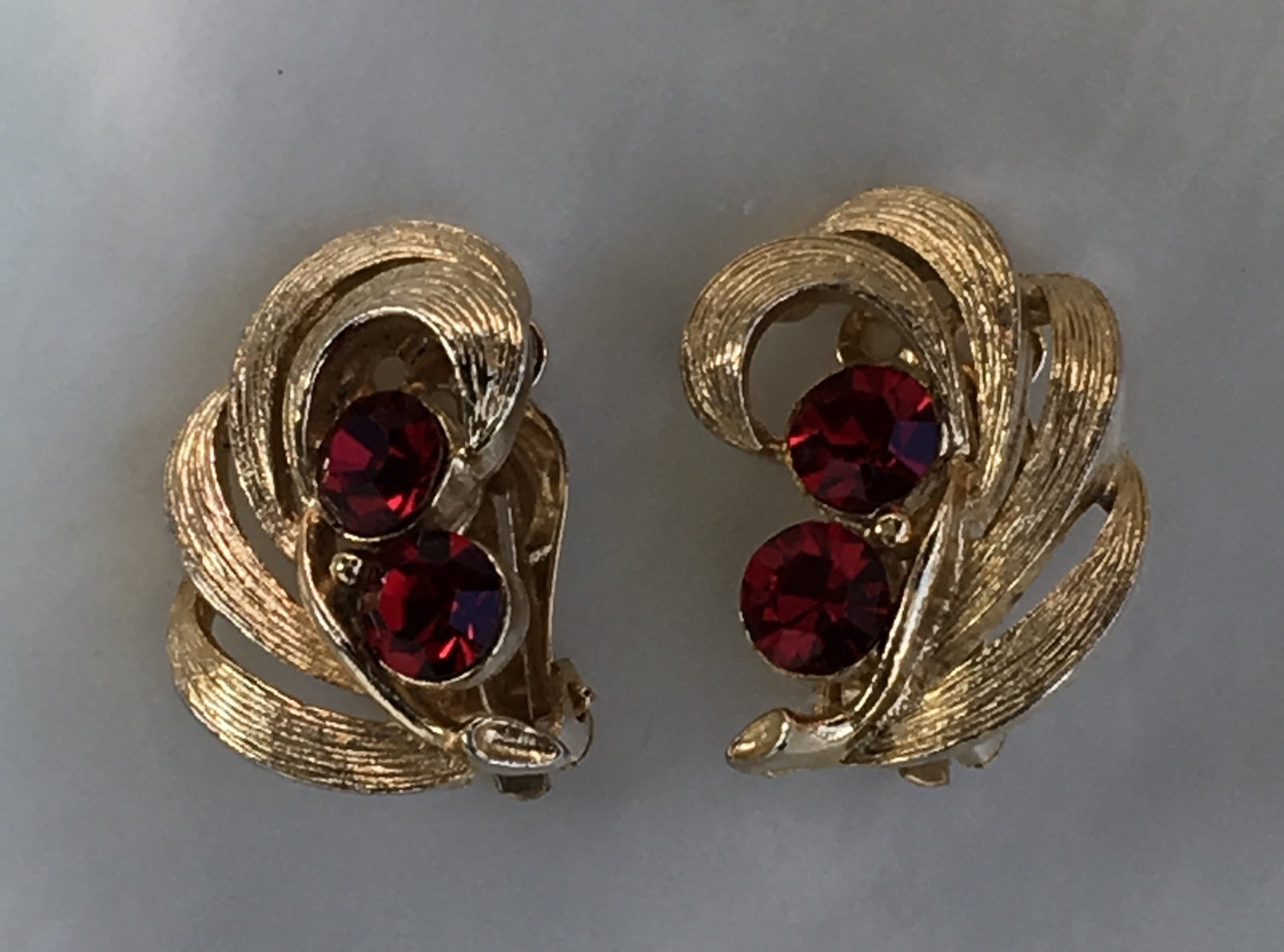 Vintage Lisner Gold and Red Rhinestone Clip Earrings