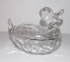 Jeannette Glass Duck Candy Dish 6in Clear Vintage Trinkets Nuts Jewelry Covered - $15.99