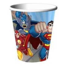 DC Super Friends 9 oz Paper Cups 8 Per Package Birthday Party Supplies NEW - $5.89