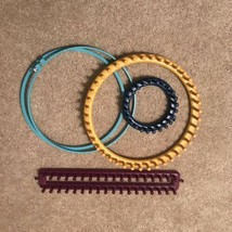 3 Knitting Looms And Embroidery Hoop - Removable Pegs.  Various Sizes - $22.97 CAD