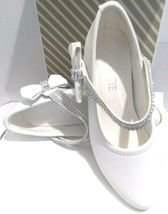 AISLE STYLE Girls Low Mid Heel Party Wedding Mary Jane Style Shoes Size 28 UK image 4