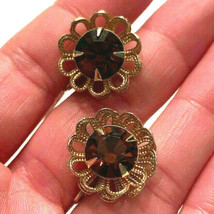 Vintage Gold Tone Sarah Coventry Amber Rhinestone Flower Clip on Earrings - $9.89