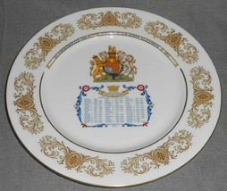 1977 Aynsley SILVER JUBILEE Queen Elizabeth II BONE CHINA PLATE England - $39.59