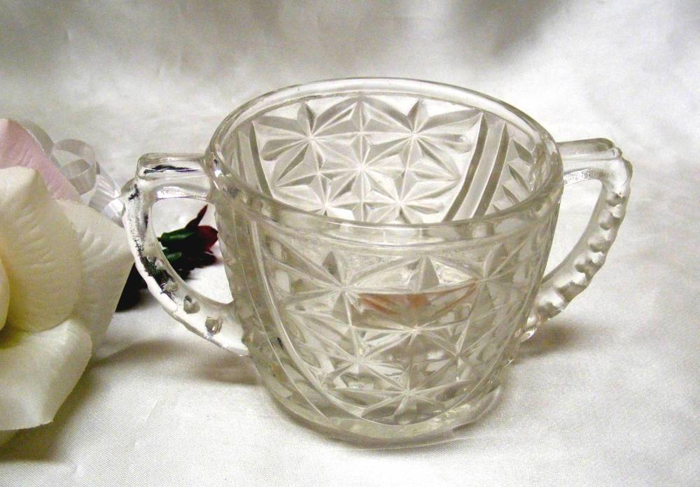 2265 Antique Anchor Hocking Stars N Bars Sugar Bowl - $7.00