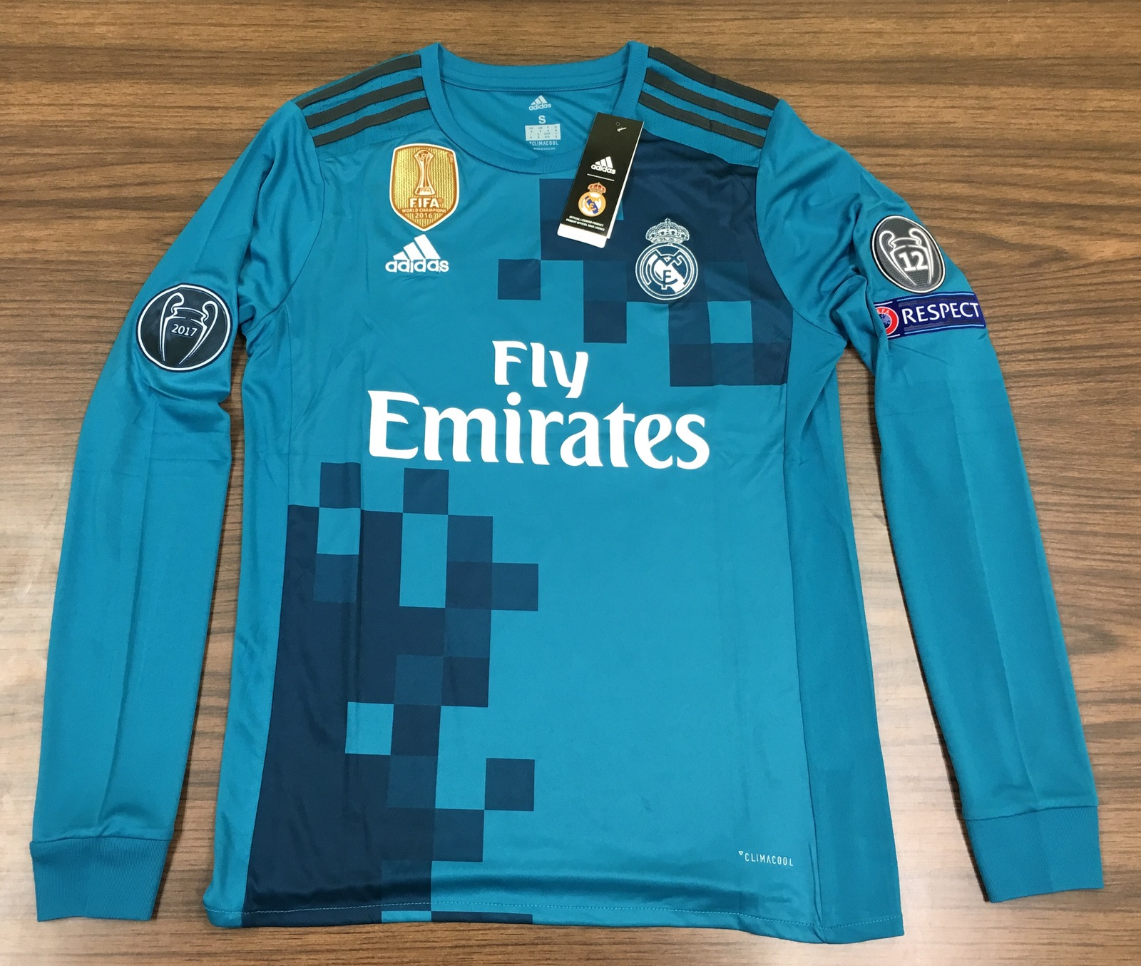 sports shoes b06d8 3fbc2 real madrid cristiano ronaldo third long sleeve jersey fifa 2016