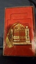 Lenox 2002 Annual 1st Year In New Home Ornament Original box - $4.99