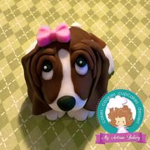 Basset hound Dog fondant cake topper - $33.00