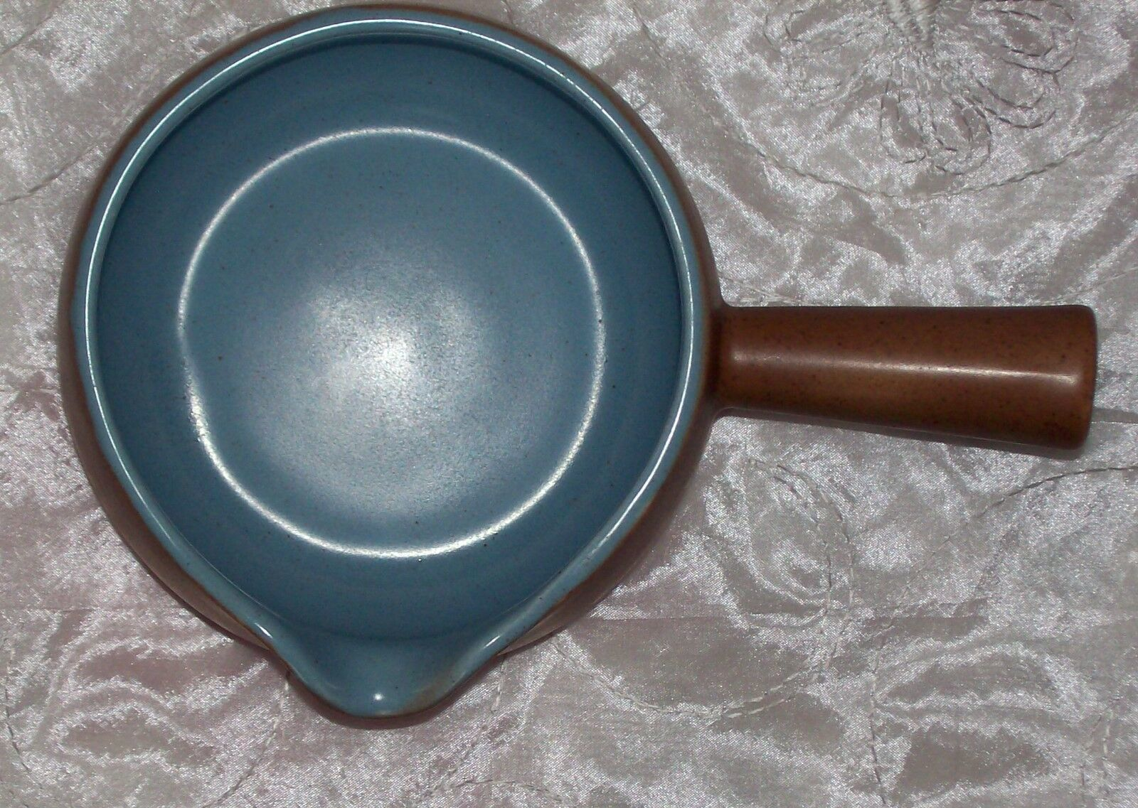 Metlox Poppytrail CALIFORNIA TEMPO BLUE Gravy / Sauce Boat EUC image 6