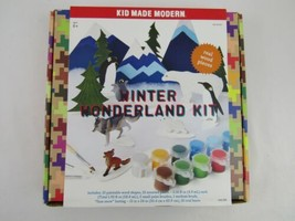 KID MADE MODERN Winter Wonderland Paint Kit NEW GA22 - $9.95
