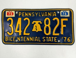Pennsylvania 1975 1976 Bicentennial Liberty Bell License Plate 34282F - $14.01