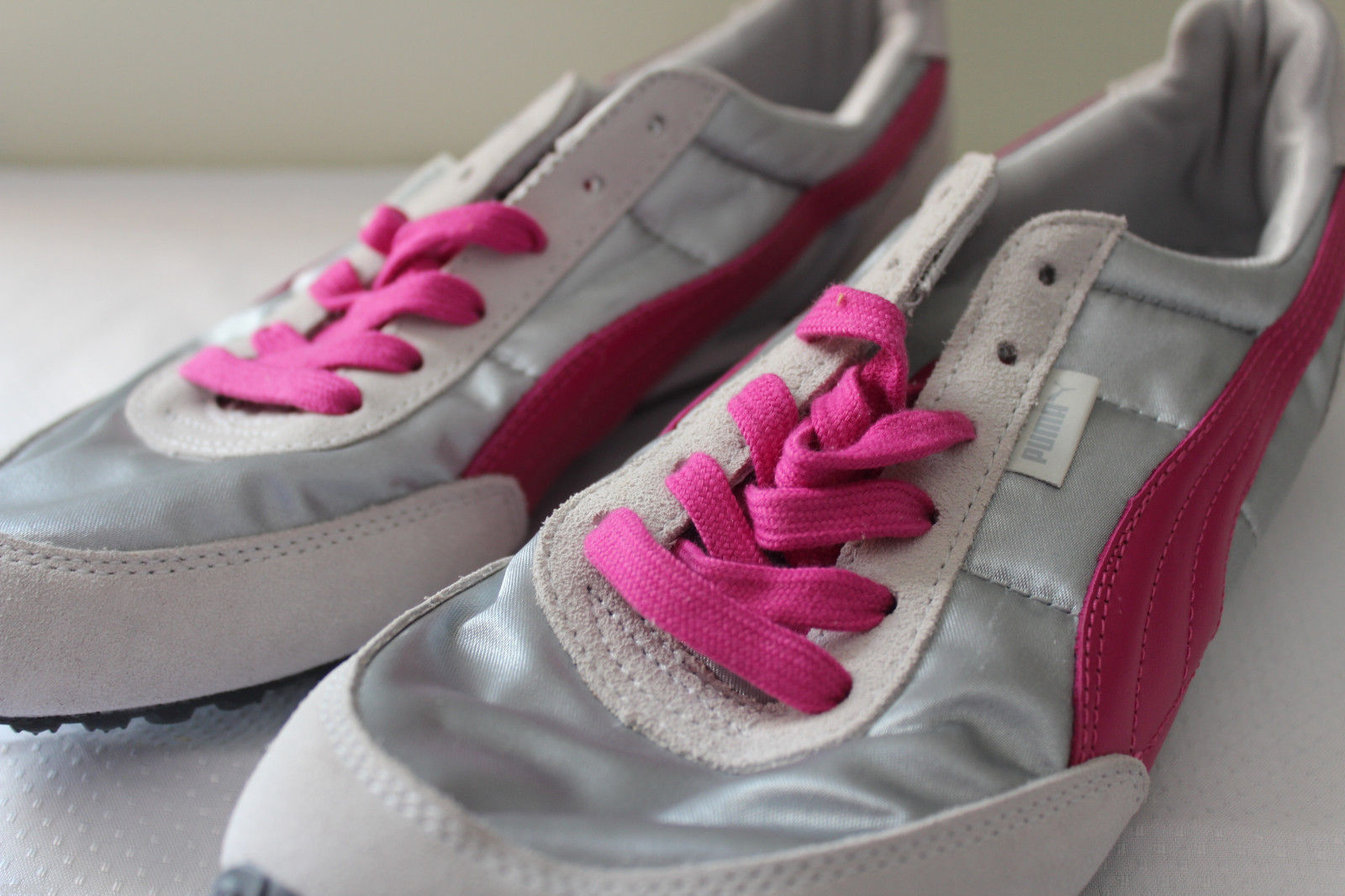 b639418ebe5 PUMA Eco Ortholite Leather Women s Silver Pink Athletic Shoes Sneakers 9