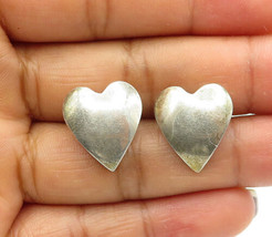 925 Sterling Silver - Vintage Smooth Love Heart Designed Stud Earrings - E6879 - $30.16