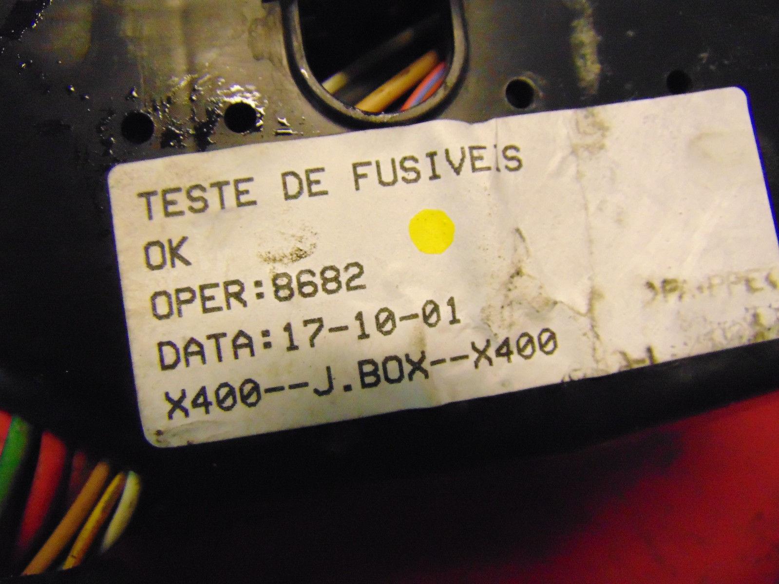 ... 02 Jaguar X-type oem 3.0 v6 engine compartment bay fuse & relay box  panel