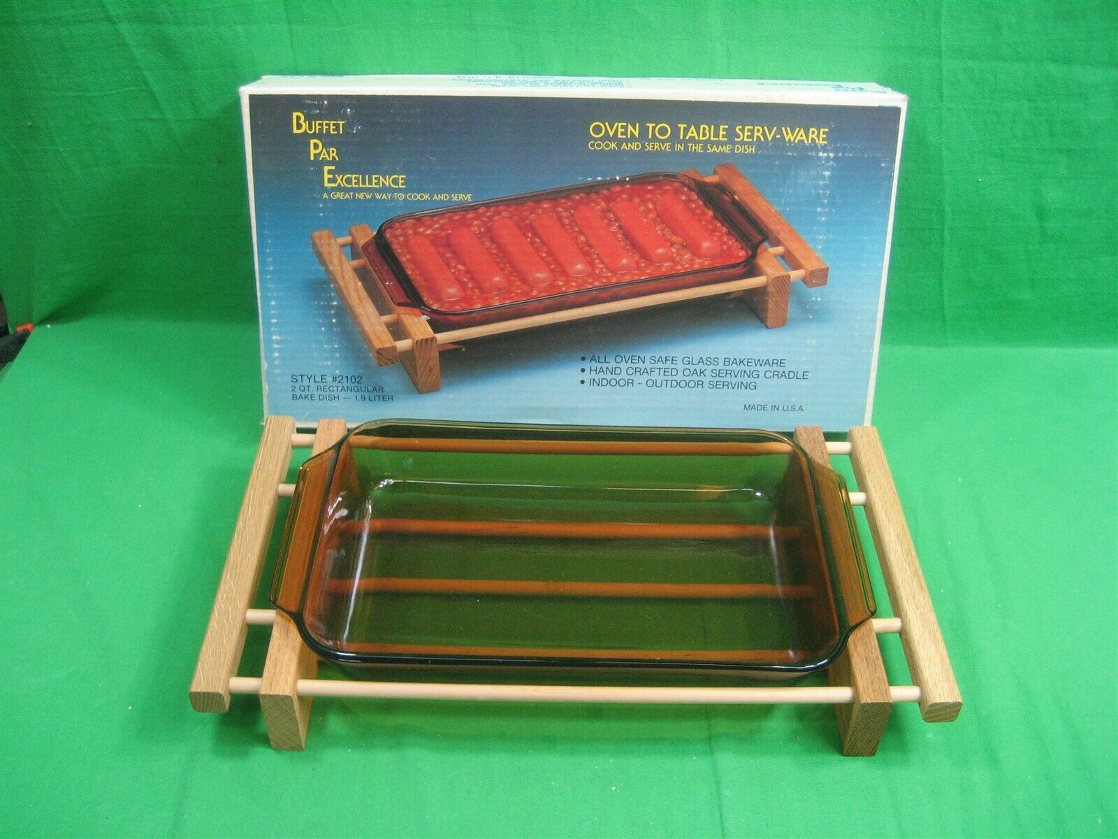 Vintage Oven To Table Glass Bakeware Buffet Par Excellence Wood Server USA - $25.19
