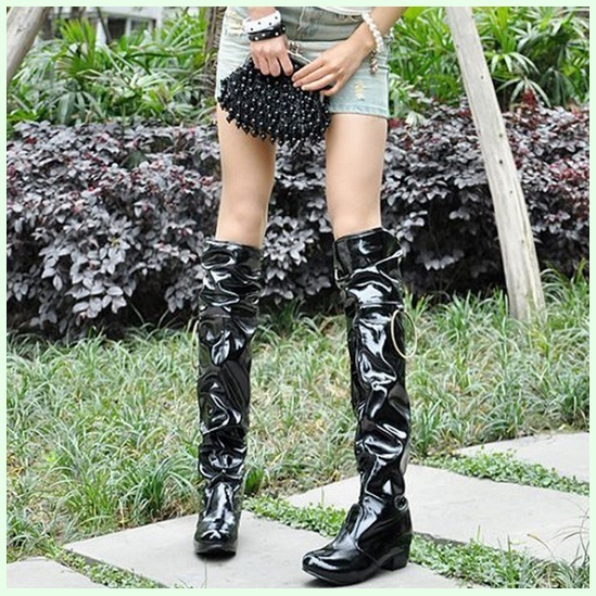 Black Wet Look Patent Leather Zip Up Low Chunk Heel Knee High Motorcycle Boots