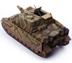 Academy 13525 German Strumpanzer 4 Brummbar Midterm Version Tank Plastic Model image 2