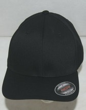 Flexfit Black 6277 Twill Hat XL XXL Permacurv Visor With Silver Undervisor image 1