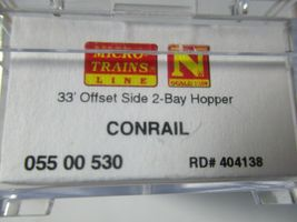 Micro-Trains Stock #05500530 Conrail 33' Offset Side 2-Bay Hopper w/Load N-Scale image 5