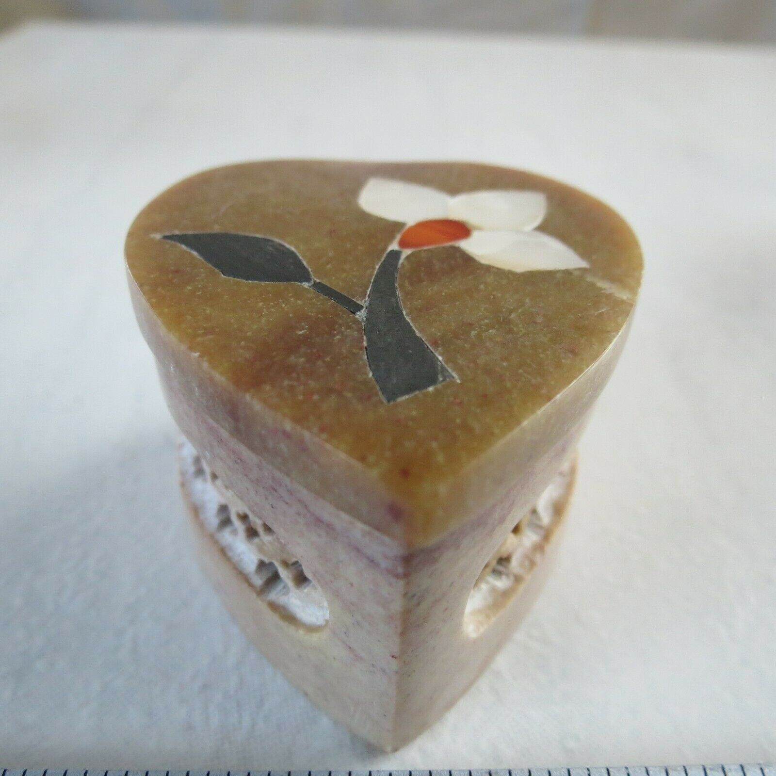 2 Inch Handmade Soapstone Heart Shaped Box Hand-Carved India MOP Agate Jet