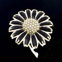 Sarah Coventry Gold Daisy Flower Brooch Pin - $31.68