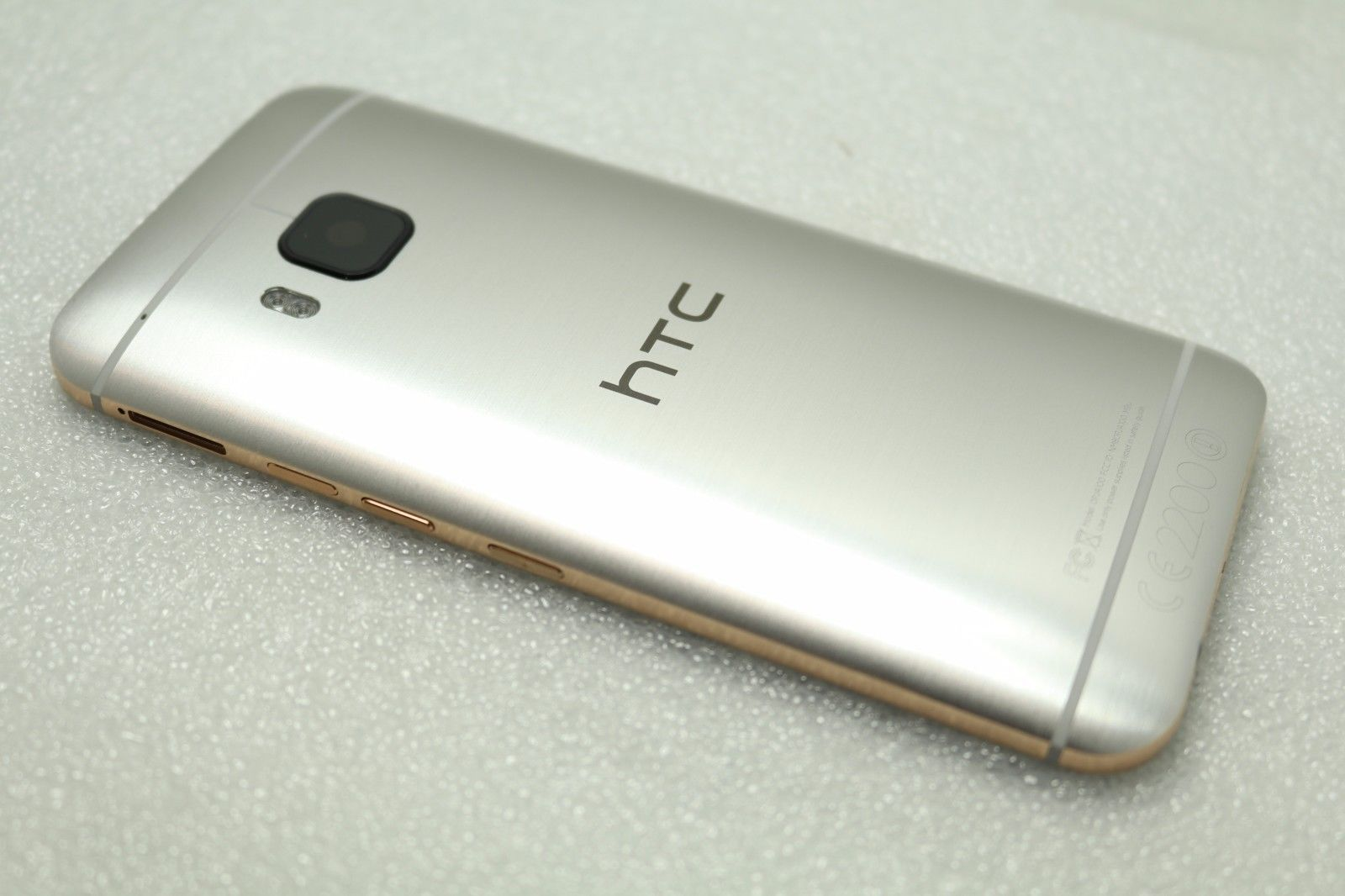 HTC M9 Housing Rear Back Battery Cover Replacement Gold on Silver