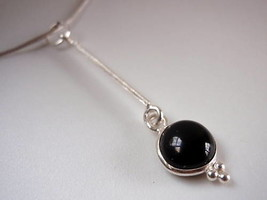 New Round Black Onyx Long Stem Silver Necklace India - $22.72