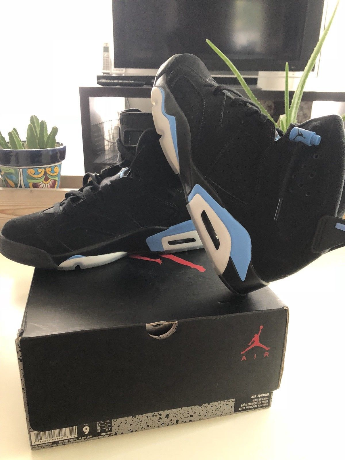 f0c40ea9c8516c Nike Air Jordan Retro 6 Vi UNC Black University Blue North Carolina  384664-006