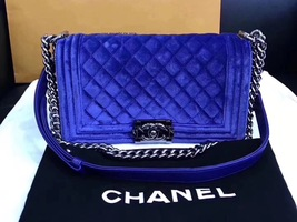 AUTHENTIC CHANEL ROYAL BLUE QUILTED VELVET MEDIUM BOY FLAP BAG SHW