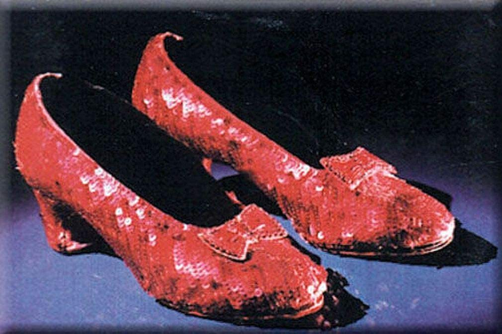Wizard of oz ruby slippers magnet 2 x 3