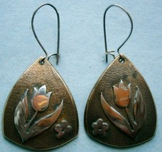 "Pair of Gold Toned Earrings with Applied Tulip Signed ""KRISTIN"", vintage - $15.00"