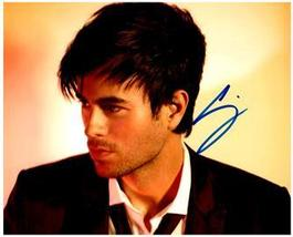 ENRIQUE IGLESIAS  Authentic Original SIGNED AUTOGRAPHED PHOTO w/ COA 33065 - $65.00