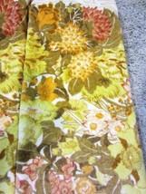 Vintage MARTEX Bath Towel set -floral - golden - yellows - $26.55