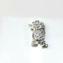 Vintage Shube Manufacturing sterling silver owl pendant - $24.74