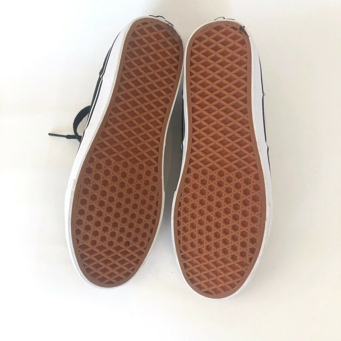 VANS Off The Wall Skate Shoe Athletic Mens Shoes Size 11 / 107