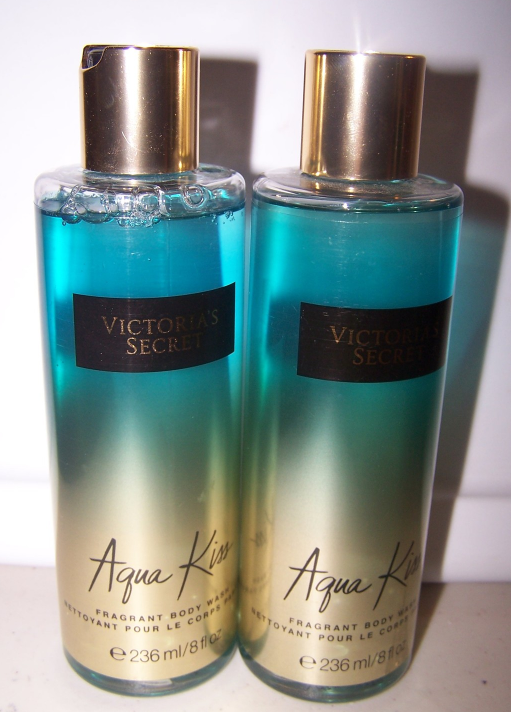 2 Victoria's Secret Aqua Kiss Fragrant Body Wash - Kiwi, Jasmine, Driftwood Musk