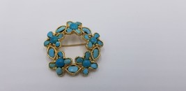 Vintage Floral Shape Design Gold Tone Pin / Brooch With Turquoise Accents - $17.38